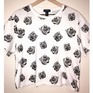 Forever 21 Tops - Forever 21 / Tiger Crop Top